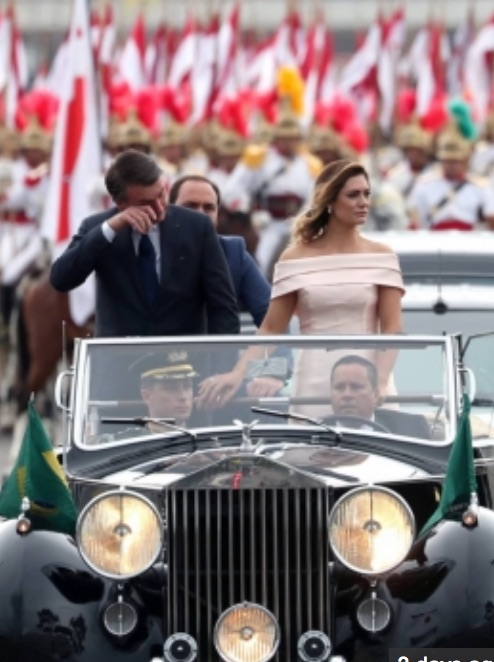 bolsonaro_chorando_carro_posse_-_Google_Search.jpg